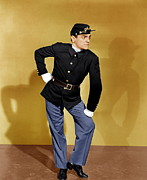 1942 Movies Prints - Yankee Doodle Dandy, James Cagney, 1942 Print by Everett