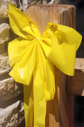 Wood Post Posters - Yellow Ribbon for Honor of our Troops Poster by Linda Phelps