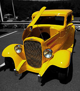 Pink Hot Rod Photos - Yellow Rod by Raymond Earley