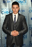 2011 Prints - Zac Efron At Arrivals For Peoples Print by Everett