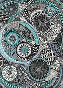 Zentangle By Lynne Howard - layers of circles - teach how to make certain patterns.