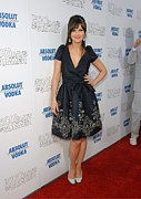 Zooey Deschanel Photo Prints - Zooey Deschanel Wearing A Naeem Khan Print by Everett