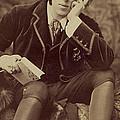 Oscar Wilde 1882 by Napoleon Sarony