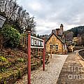 Berwyn Station by Adrian Evans