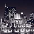 Buckingham Fountain Panorama by Steve Gadomski