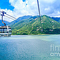 Cable Car by Niphon Chanthana