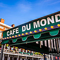 Cafe Du Monde Picture In New Orleans Louisiana by Paul Velgos