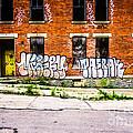 Cincinnati Glencoe Auburn Place Graffiti Photo by Paul Velgos