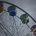 Ferris Wheel by Dave Gordon