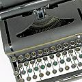 Imagination Typewriter by Rudy Umans