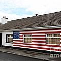 Irish Cottage Moneygall by Ros Drinkwater