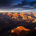 Last Light In The Grand Canyon by Andrew Soundarajan