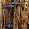 Old Wood Barn by Garry Gay