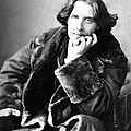 Oscar Wilde In His Favourite Coat 1882 by Napoleon Sarony