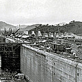 Panama Canal Construction 1910 by Photo Researchers