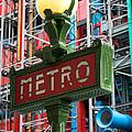 Paris Metro by Inge Johnsson