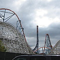 Six Flags Magic Mountain - 121211 by DC Photographer