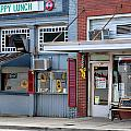 Snappy Lunch And Floyd Nc by Bob Pardue