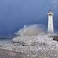Sodus Bay Lighthouse by Everet Regal
