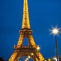 Tour Eiffel De Nuit by Inge Johnsson