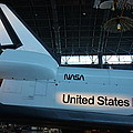Udvar-hazy Center - Smithsonian National Air And Space Museum Annex - 121276 by DC Photographer