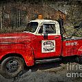 Wally's Towing by David Arment