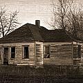 Abandoned Farm House by Richard Wear