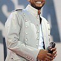 Usher On Stage For Abc Gma Concert by Everett