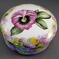 173 Pansy Box  by Wilma Manhardt
