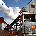Alive And Well In America . The Old Industrial Sand Plant In Berkeley California . 7d13952 by Wingsdomain Art and Photography