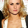 Anna Paquin At Arrivals For Hbos True by Everett