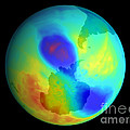 Antarctic Ozone Hole, September 2002 by NASA / Science Source