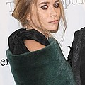 Ashley Olsen At Arrivals For The by Everett