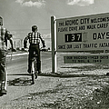 Atomic City Tennessee In The Fifties by Tom Hollyman and Photo Researchers