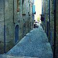 Auch-small Street by Sandrine Pelissier