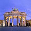 Brandenburger Tor Berlin by Greta Schmidt