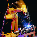 Computer-controlled Arc-welding Robot by David Parker, 600 Group Fanuc