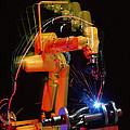 Computer-controlled Electric Arc-welding Robot by David Parker, 600 Group Fanuc