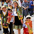 Cuenca Kids 80 by Al Bourassa