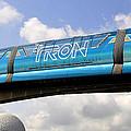Mono Tron by David Lee Thompson