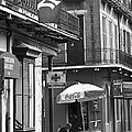 Ny Yankees On Royal Street by Leslie Leda