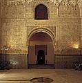 Sala De Las Dos Hermanas by Guido Montanes Castillo
