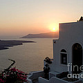 Santorini Sunset by Leslie Leda