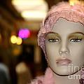 Shopping Girl by Henrik Lehnerer