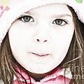 Snowy Innocence by Gwyn Newcombe