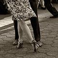 Tango in the Park Print by Leslie Leda