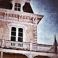 Victorian House by Jill Battaglia