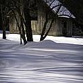 Winter Barn by Rob Travis