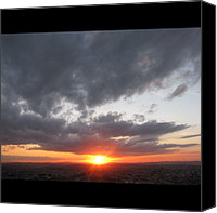 Retratodebelohorizonte Canvas Prints - [22-vi-2k12, 17:22] #pordosol No #céu Canvas Print by Diogo Rocha