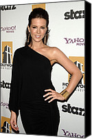 Gold Earrings Photo Canvas Prints - Kate Beckinsale Wearing A Michael Kors Canvas Print by Everett
